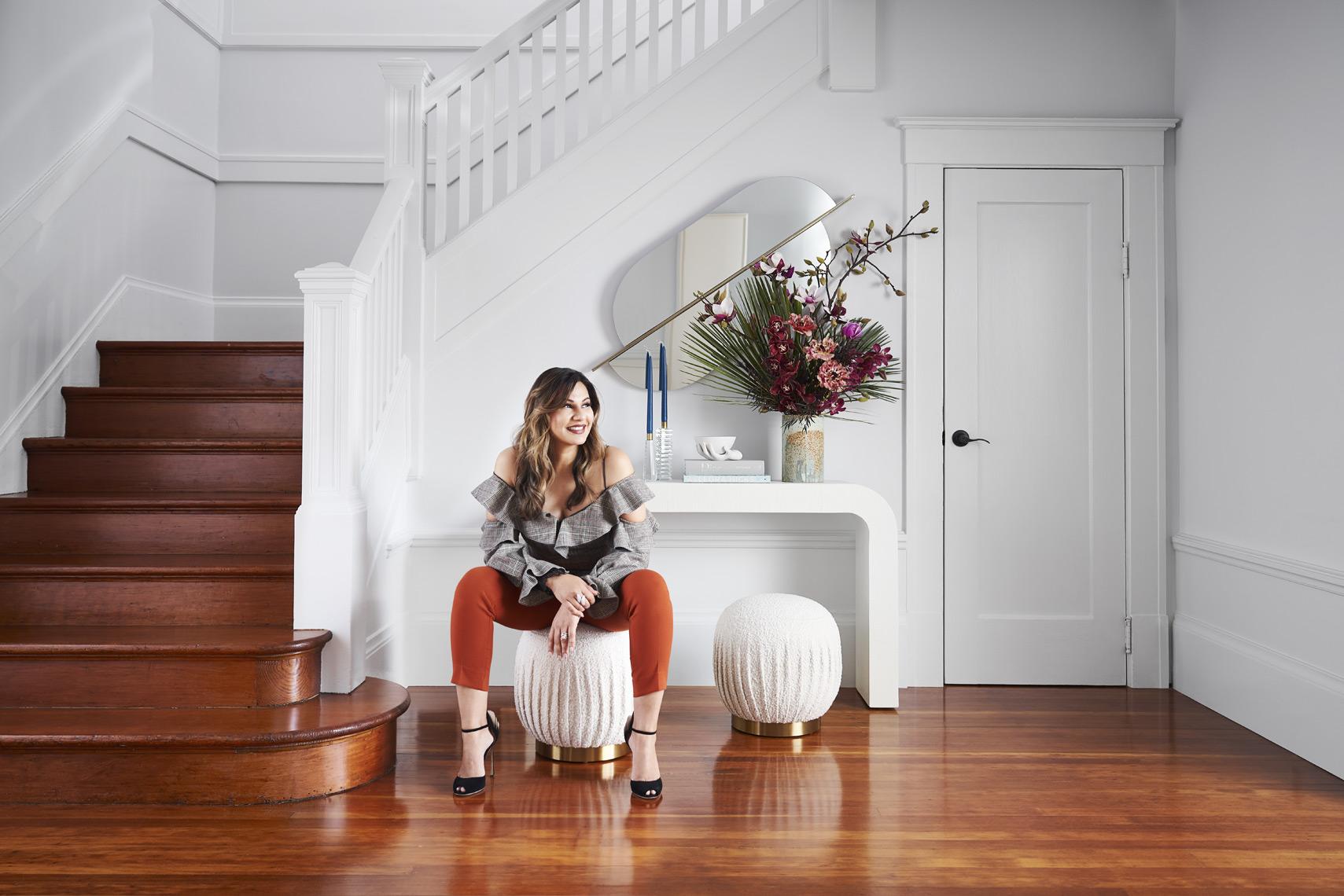 rterior-studio-los-angeles-ca-edwardian-beauty-designer-in-entryway-of home