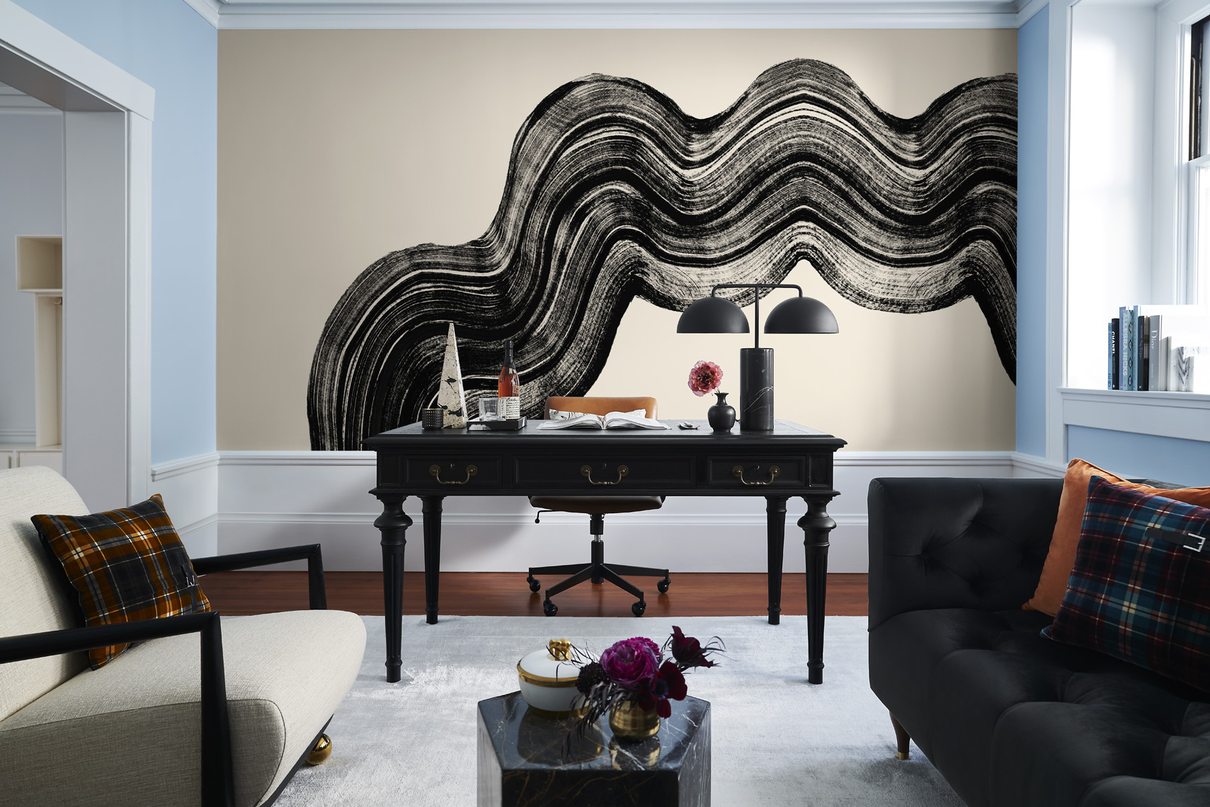 rterior-studio-los-angeles-ca-edwardian-beauty-office-desk-with-large-wall-art