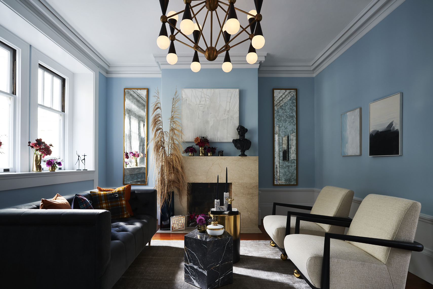 rterior-studio-los-angeles-ca-edwardian-beauty-view-of-edwardian-inspired-office-light-blue-walls